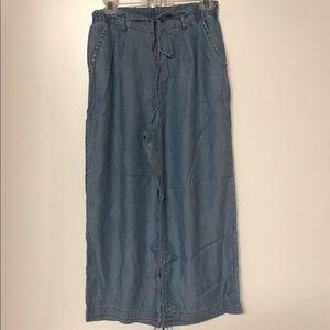 American Eagle Wide Leg Cropped Pants